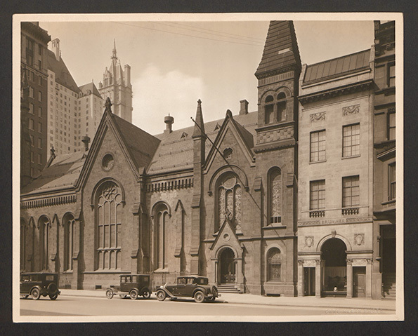 Brummer Gallery,43 E 57th,New York City, 1914-1949, photograph taken 1925